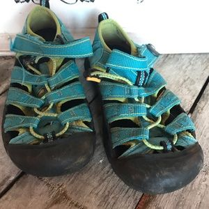 Keen Aqua blue sandals in pre loved condition.